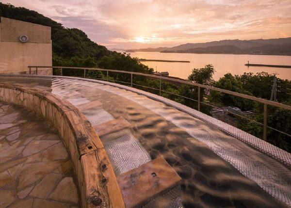 西浦温泉 和のリゾートはづ 絶景露天風呂