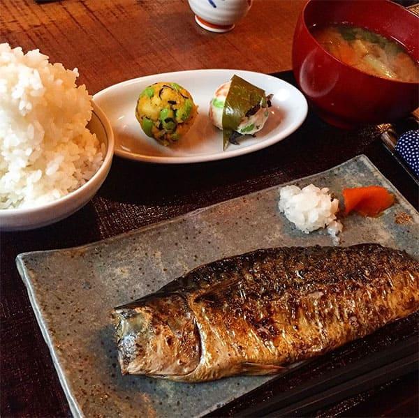 嵐にしやがれ 玉木宏 川口春奈 大好物デスマッチ 鯖なのに 鯖塩焼き定食