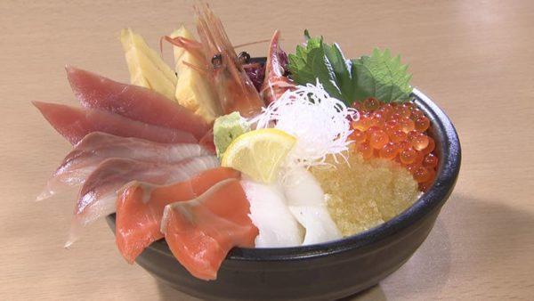 どんぶり茶屋 おたる堺町通り店 大漁丼