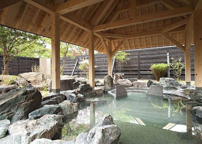 しこつ湖 鶴雅リゾートスパ 水の謌 露天風呂 美人の湯