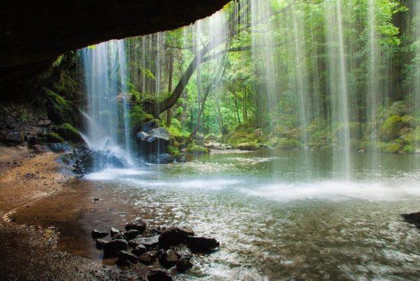 熊本 小国町 鍋ケ滝 裏見の滝