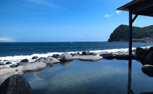 伊豆 北川温泉 黒根岩風呂
