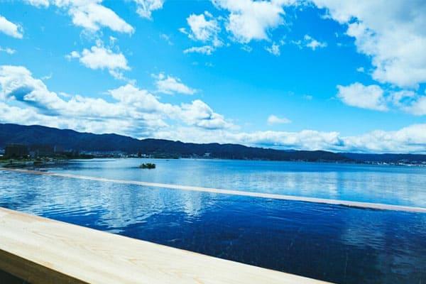 宮川千鳥の極上冬休み 宮川大輔 信州 長野 諏訪湖 萃sui-諏訪湖